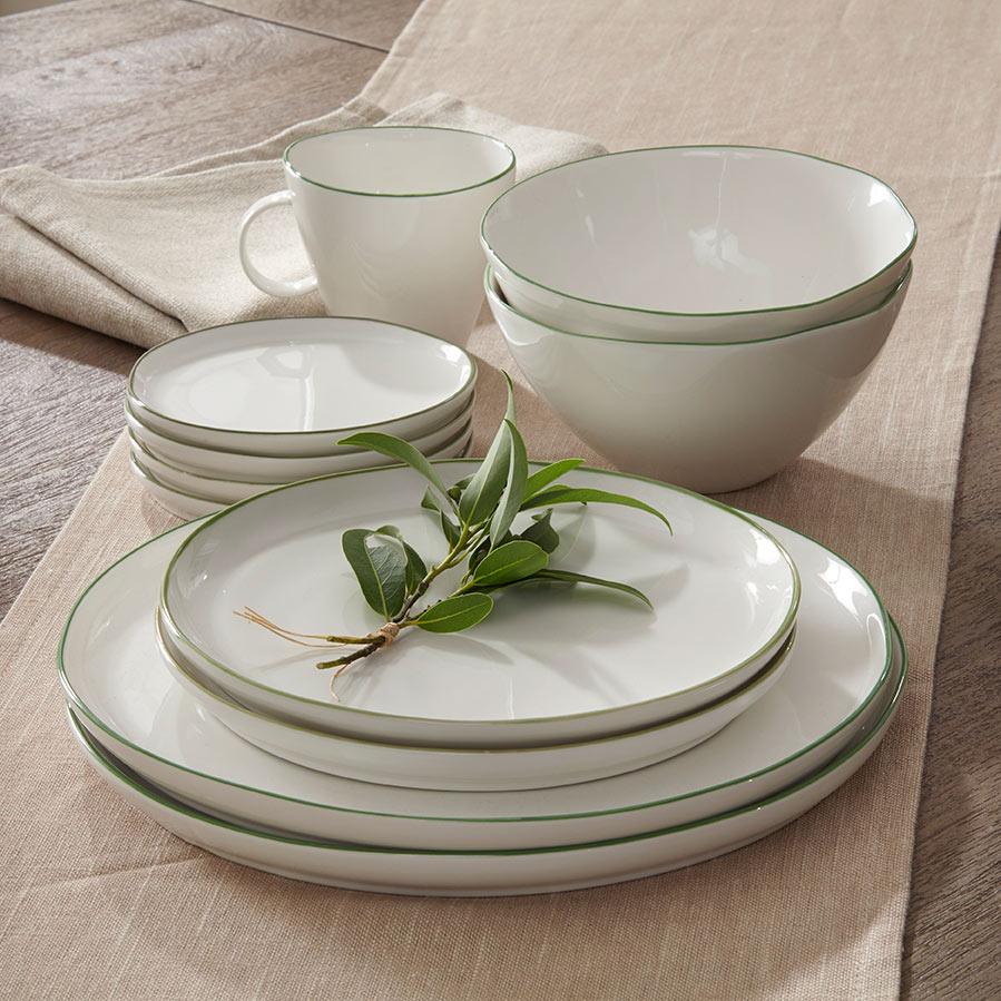 Vignette7_dinnerware